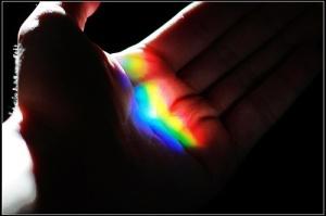 arcobaleno-in-una-mano